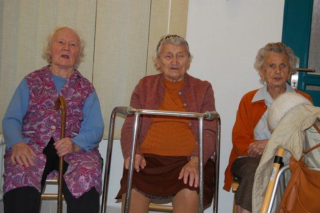 Seniorky zpívají často a rády.
