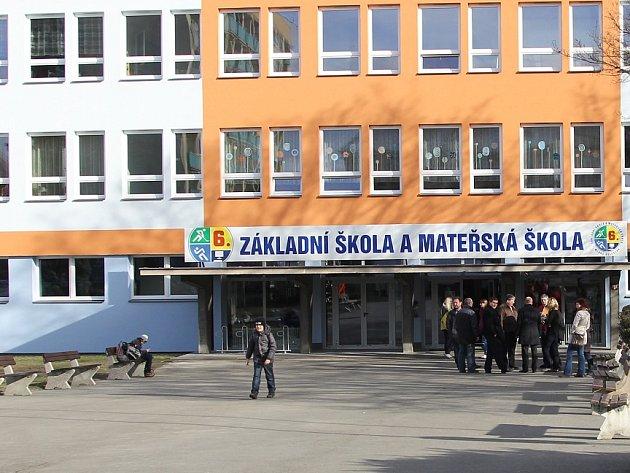 Zateplená budova 6. základní školy