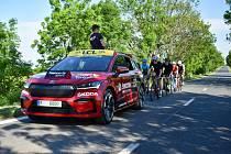 Automobilka, která s organizátory Tour se France tradičně spolupracuje jako poskytovatel doprovodných vozidel, se stala generálním partnerem závodu L'Etape Czech Republic by Tour de France.