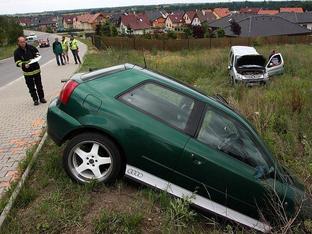 Nehoda dvou aut skončila naštěstí bez zranění