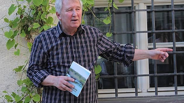 Václav Petříček z kosmonoského muzea