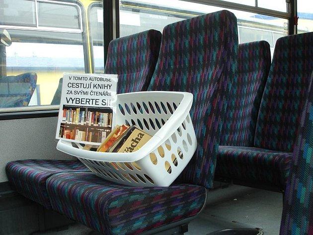 Knihy budou opět cestovat v autobusech