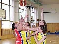 Basketbalistky Auto Škody vyhrály krajský přebor.