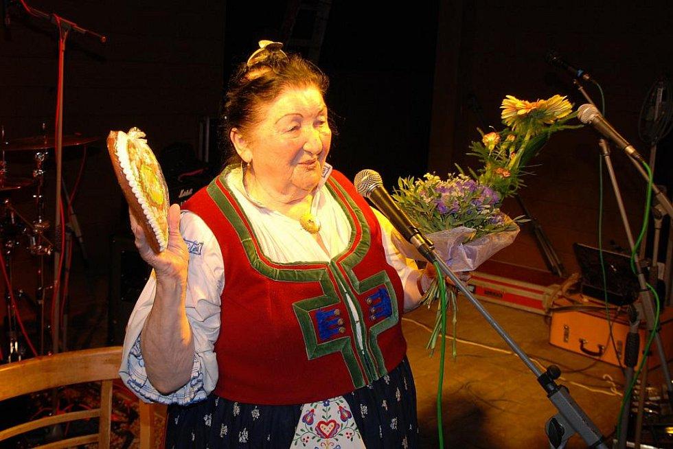FLERET & JARMILA ŠULÁKOVÁ Valečov 27.8.2010