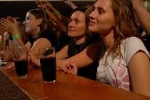 Koncert W. I. X. a Hitmakers zhlédlo okolo čtyř stovek fanoušků.