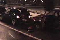 Opilý muž způsobil nehodu v Mladé Boleslavi.