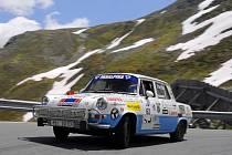 Škodovka na závodě Silvretta Classic 2015: Závodní vůz ŠKODA 1000 MB Rallye nadchne robustním vzhledem a výrazným zvukem.