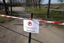 Uzavřené parkoviště pod Valečovem