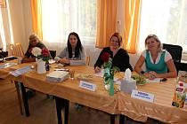 Volební komise v Sýčině.