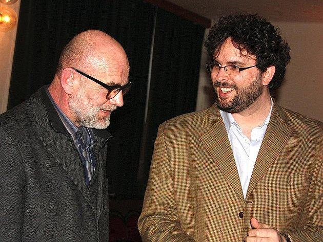 Jan Ruml a Erik Tabery v Mladé Boleslavi.