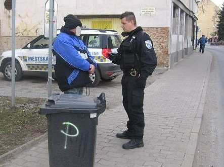 Ukradená popelnice
