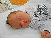 Vojtěch Mastík se narodil 22. července, vážil 4,07 kg a měřil 52 cm. S maminkou Michaelou a tatínkem Vojtěchem bude bydlet v Čisté, kde už se na něho těší bráška Tomášek.