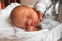 KRYŠTOF Köppel se narodil 24. listopadu, vážil 3,2 kg a měřil 49 cm. Maminka Martina a tatínek Adam si ho odvezou domů do Horního Slivna, kde už se na něho těší sestřička Klárka.