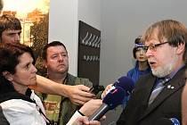 Tisková konference odborů Kovo.