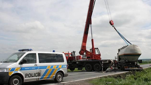 Nehoda u Luštěnic.