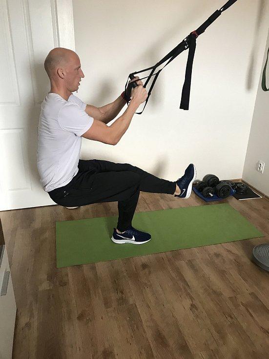 Petr Svoboda při domácím tréninku.