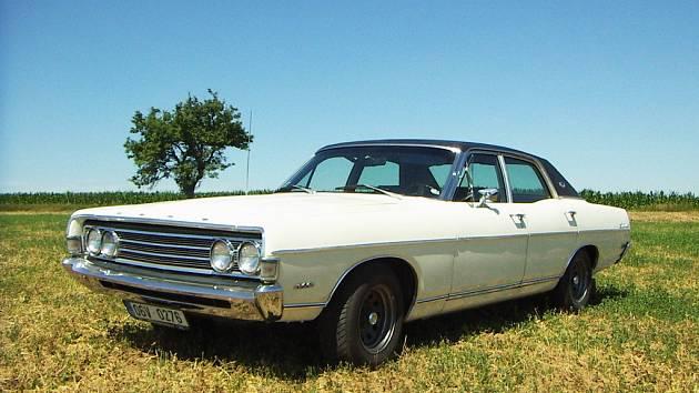 Ford Fairline 500 1969 nakonec skončil v Hrotovicích.