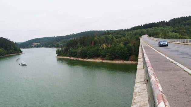 Nejbližší rekonstrukce je naplánovaná i u stropešínského mostu přes Dalešickou přehradu.