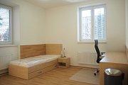 Každý klient bude mít svůj pokoj. Ten si bude uklízet a pomůže i s domácími pracemi ve společných prostorách a na zahradě. Foto: Archiv MÚ Třebíč