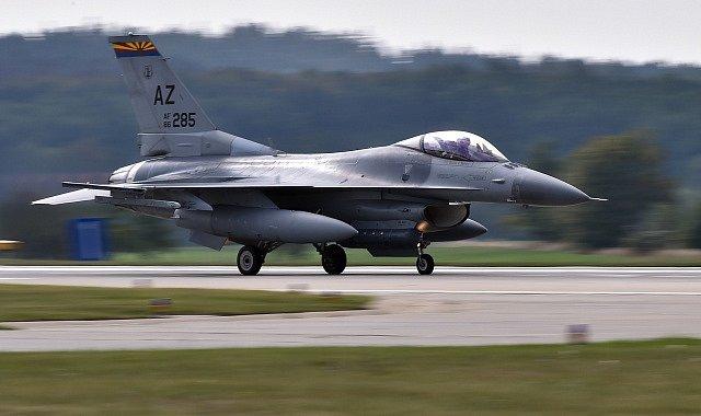Dynamická ukázka boje v městské zástavbě 6. září 2018 na letecké základně v Náměšti nad Oslavou na Třebíčsku při mezinárodním vojenském cvičení Ample Strike 2018.