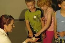 Alternátor oslavil s dětmi své první narozeniny.