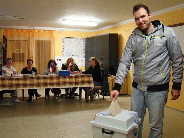 Volby ve Slavěticích.