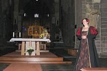 Večerní kostýmované prohlídky baziliky svatého Prokopa v Třebíči.