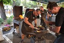 Ze soutěže v italském městě Stia, kde se konalo evropské kovářské bienále.