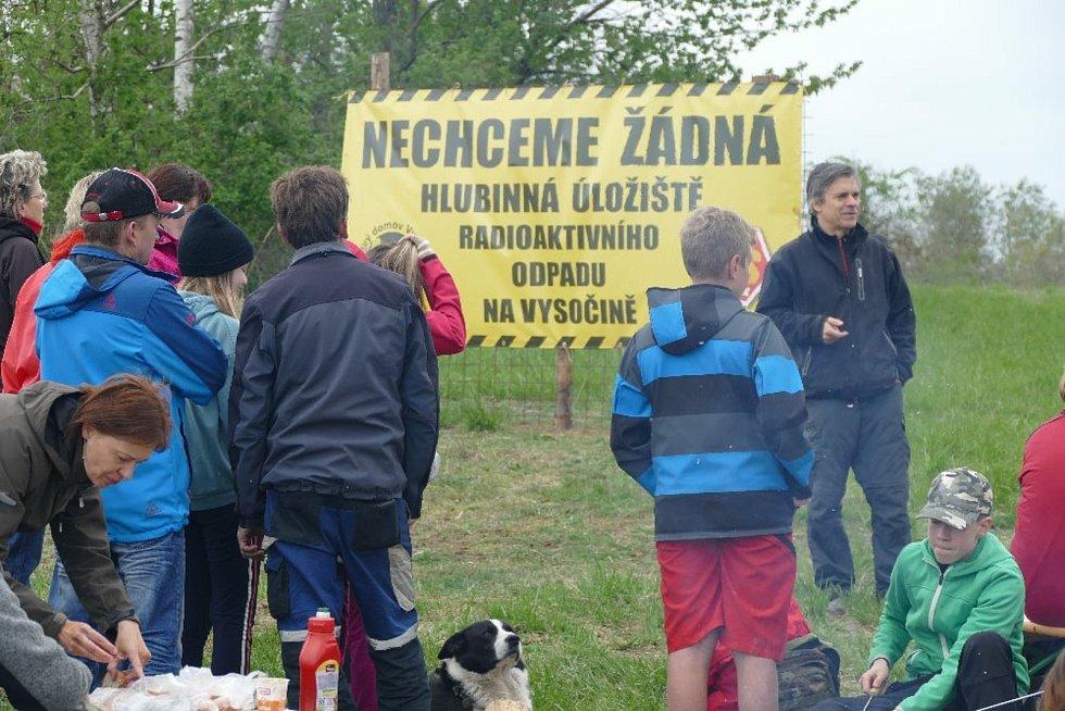 Z happeningu proti hlubinnému úložišti, Budišovsko.