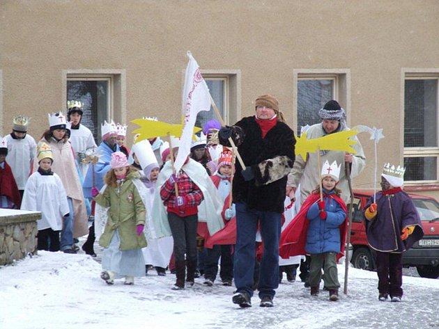 Tradiční průvod Tři králů se uskutečnil v sobotu dopoledne v Náměšti nad Oslavou.