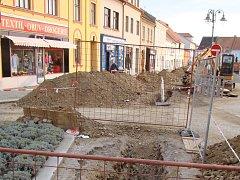 V Jemnici se opravuje kanalizace a vodovod.