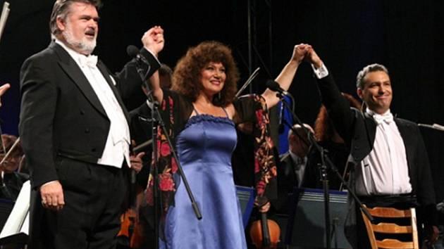 Začíná mezinárodní hudební festival s hvězdným obsazením.
