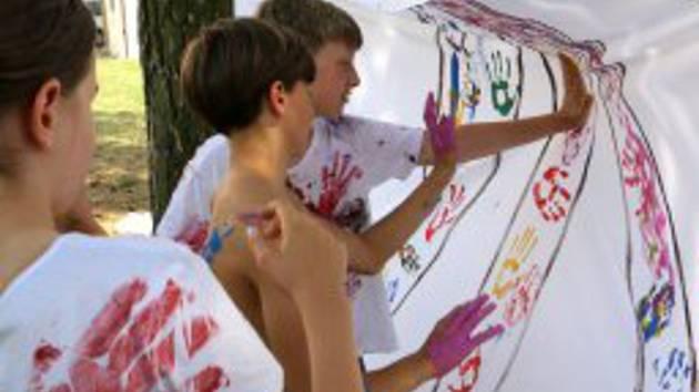 Umění je hra, tak zní téma příměstského tábora, který právě probíhá v Muzeu Vysočiny v Třebíči.