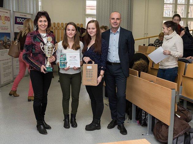 Třebíčská škola produkuje nejlepší mladé účetní v republice