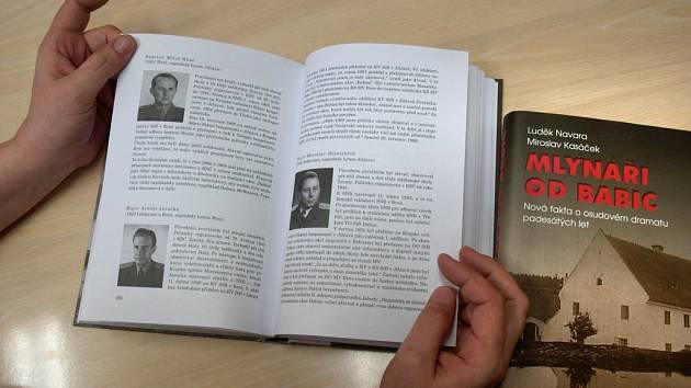 Kniha Luďka Navary a Miroslava Kasáčka Mlynáři od Babic.