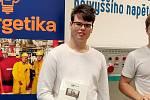"""Student Střední průmyslové školy v Třebíči naprogramoval chytrou domovní regulaci, se kterou uspěl v krajské soutěži """"Co vy a IT?""""."""