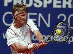 Mladý bystřický tenista Zdeněk Kolář ve své kariéře postupuje krůček po krůčku výš a výš. V letošním roce už dokonce nakoukl také do českého daviscupového týmu.
