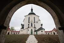 Kostel svatého Jana Nepomuckého na Zelené Hoře ve Žďáře nad Sázavou