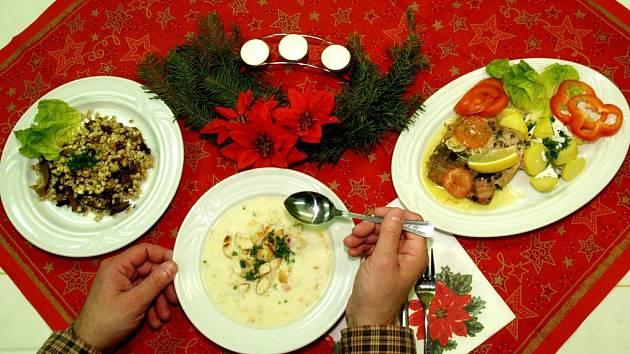 Tradiční štědrovečerní večeře.