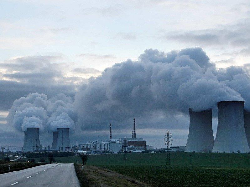 Elektrárna byla odpojena od vnější sítě. Noviny tehdy psaly o ztrátě iluzí, protože až do té doby se všichni domnívali, že něco podobného nemůže nastat.