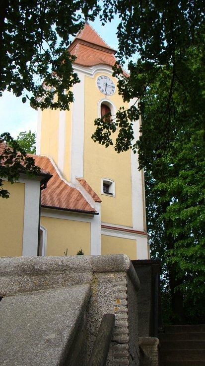 Kostel v Rokytnici nad Rokytnou