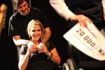 Na koncertě For Jane aneb koncert proti lhostjnosti se lidé dobře bavili i pomáhali.