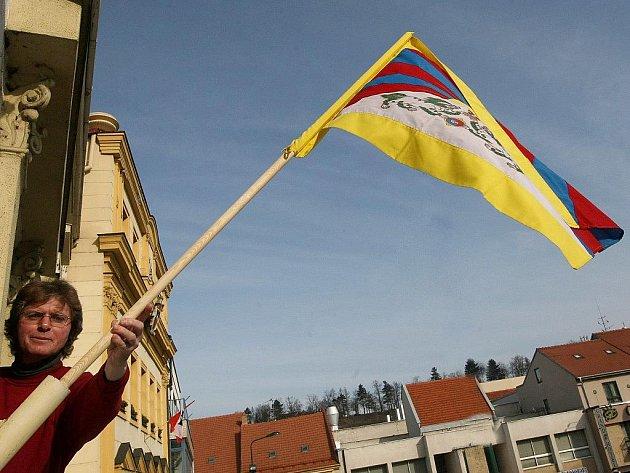 I Třebíč se letos připojí k akci Vlajka pro Tibet.