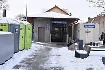 Výpravní budova na vlakovém nádraží v Třebíči prochází rozsáhlou rekonstrukcí, hotovo má být v dubnu 2021