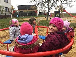 Děti v Bačicích mohou trénovat své lezecké dovednosti