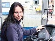Alena Pokorná řídí linkové autobusy na Třebíčsku už tři roky