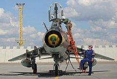 Společné vojenské cvičení COMAO probíhá v těchto dnech na 22. základně letectva u Náměště nad Oslavou. Na snímku jsou k letu připravovány stroje Su-22 polské letky.