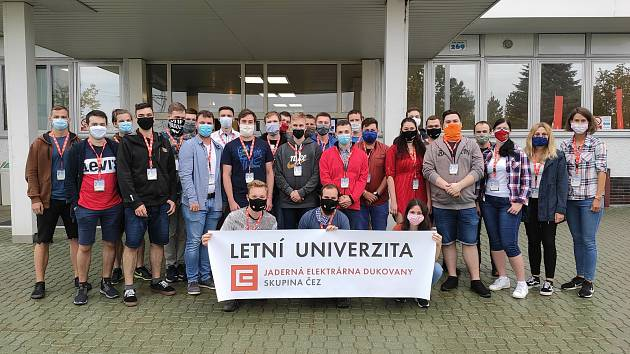 Účastníci Letní univerzity na Dukovanech.