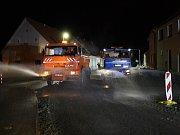 V Tyršově ulici v Jaroměřicích se pracuje i po setmění.