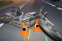 Havárie motocyklisty. Ilustrační foto.